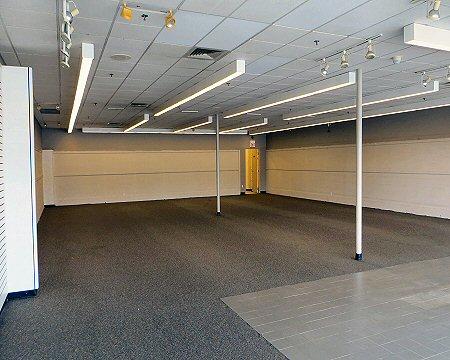 Auburn Plaza interior 1